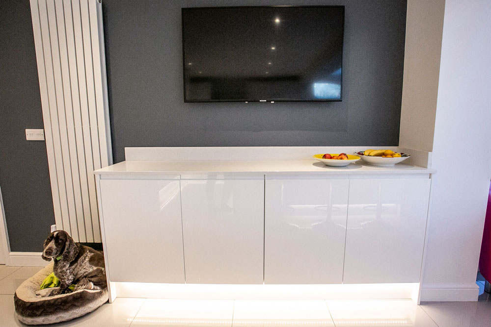 AG Quartz Blanco Ice (cabinetry by Saturn Interiors)